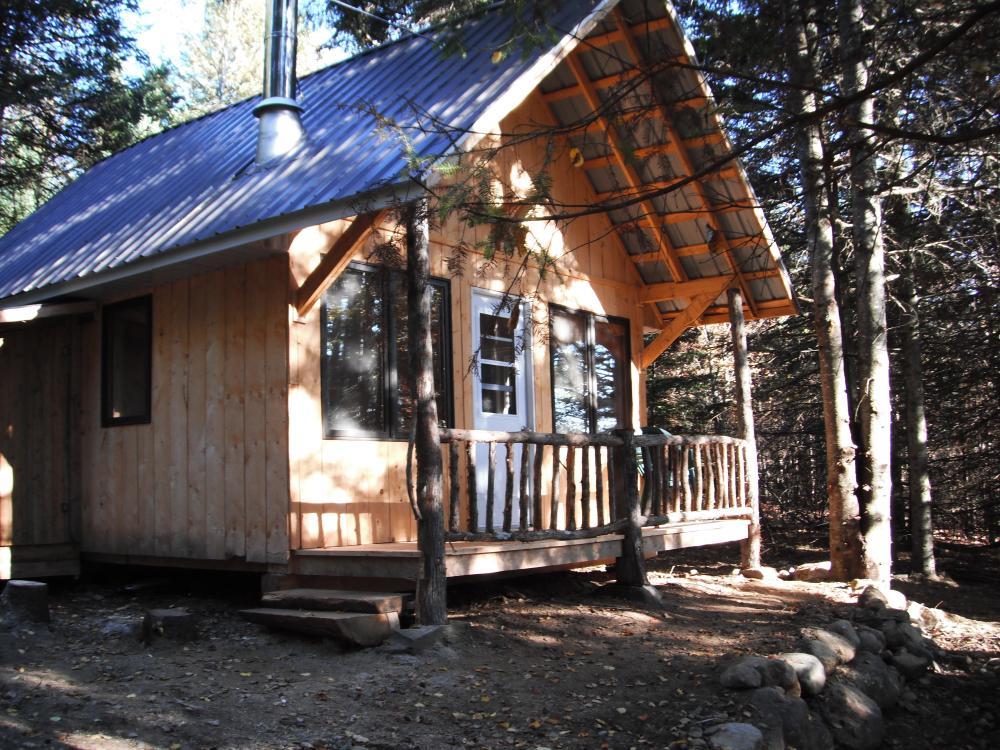 Camping et Tipis, Chalets dans les arbres Mont-Mégantic