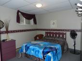 Chambre double avec salle de bain privé (sous-sol)