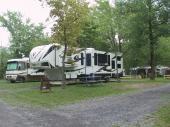 PULL TROUGH (Grand site de camping 3 services 50 amp)